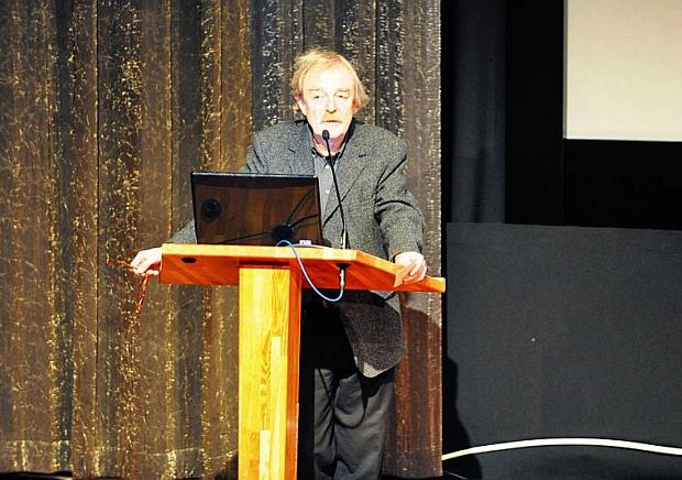 Midas Dekkers aan het woord namens Dr. Weigert op het GildenEvent 2011.