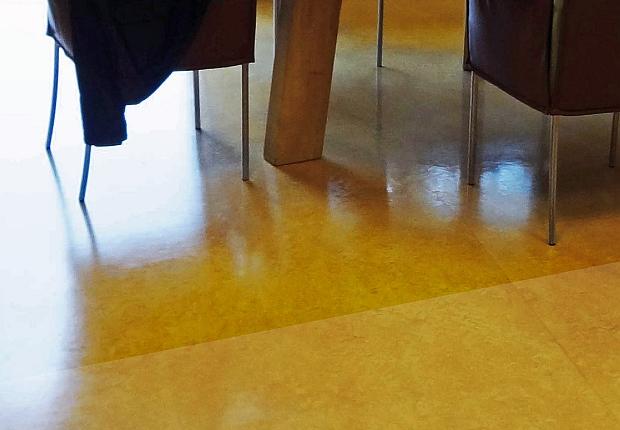 Neowax, een razendsnelle waxmethode voor harde en vlakke vloeren